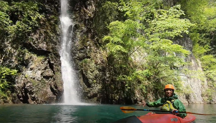 はじめてのカヤック体験〈穏やかな秘境の渓谷からカヤックをはじめてみよう〉-画像_06